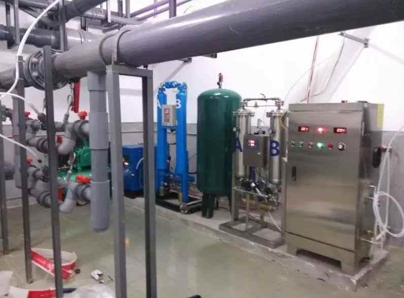 generador de ozono para desinfección de agua de piscinas